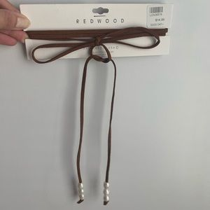 Brown faux leather chocker